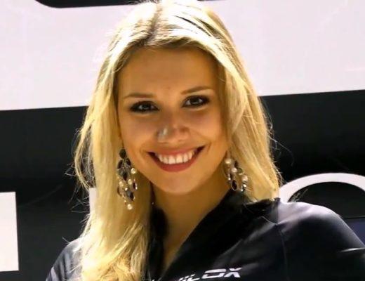 modella Alena Mayuk in fiera EICMA per Nilox