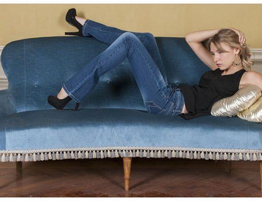 Modella lookbook jeans Prato Firenze