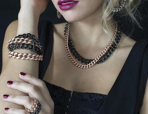 Modella servizio fotografico Gioielli - braccialetti collane orecchini - Elle Elle Firenze