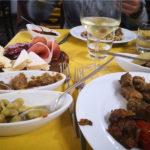 antipasti in un ristorante a Cagliari